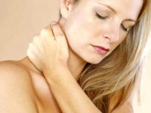 Какие бывают болевые синдромы при остеохондрозе шейного