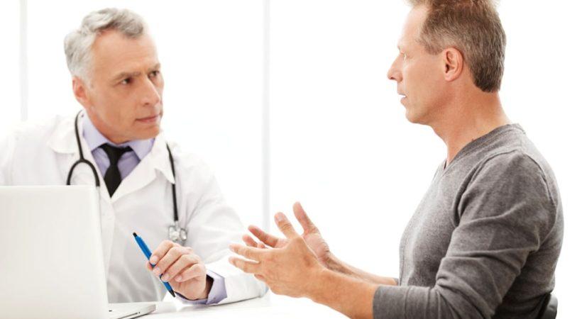 Человек на приеме у врача