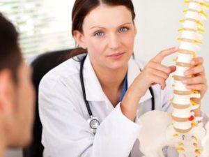 Надо вовремя обратиться к специалисту и начать лечение остеохондроз