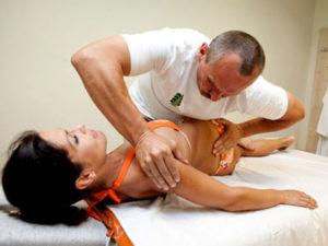Советы по мануальной терапии при лечении остеохондроза