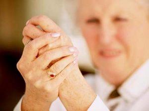 Какие могут быть симптомы при серопозитивном ревматоидном артриты
