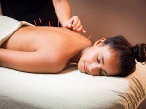 Советы о том как лечить грыжу позвоночника с помощью иглоукалывания
