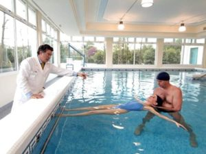 Советы доктора по плаванию при грыже позвоночника
