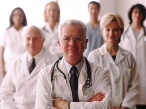 Комиссия врачей дает заключение при ревматоидном артрите